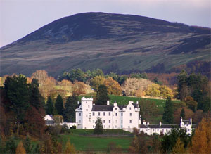 Private Tour to Blair Castle and Highland Perthshire