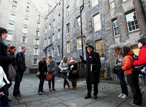 Private Walking Tour of Edinburgh New Town and Old Town