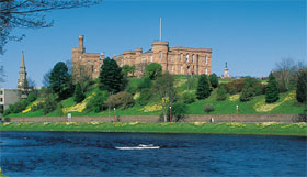 Edinburgh and Loch Ness Tour Package
