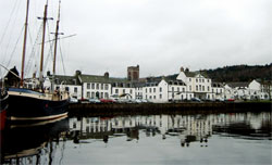 Private Tour to Inverary from Greenock