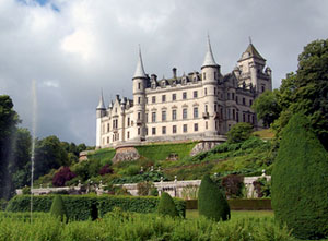 Private Tour to Dunrobin Castle from Invergordon