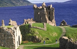 Urquhart Castle - Scotland Tour