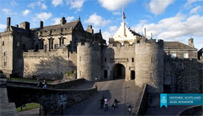 Stirling Castle Tour from Edinburgh