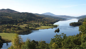 Highland Lochs and Whisky Day Tour from Edinburgh