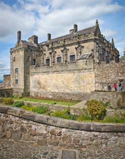 Walking Tour of Stirling Castle and Old Town