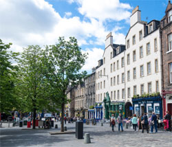 Private Walking Tour of Royal Mile and Edinburgh Castle